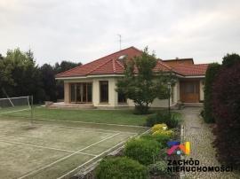 Doinwestowany dom w Chwalęcicach!