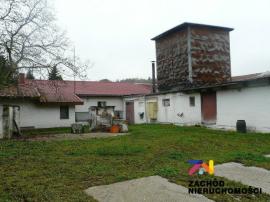 Dom z halą pod Gorzowem